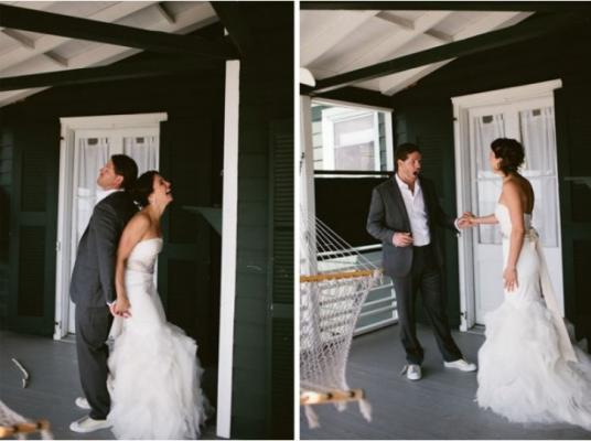 6ded1adafed2 Vedono le loro future mogli in abito da sposa. Le loro reazioni sono ...
