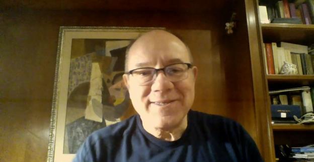 Carlo Verdone: ecco cosa accade quando apri un armadio!