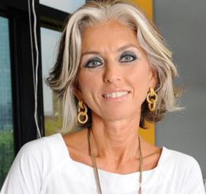 Paola marella ospite in studio radio monte carlo for Paola marella