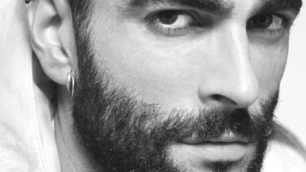Marco Mengoni canta Quando di Pino Daniele per l'iniziativa I Love My Radio